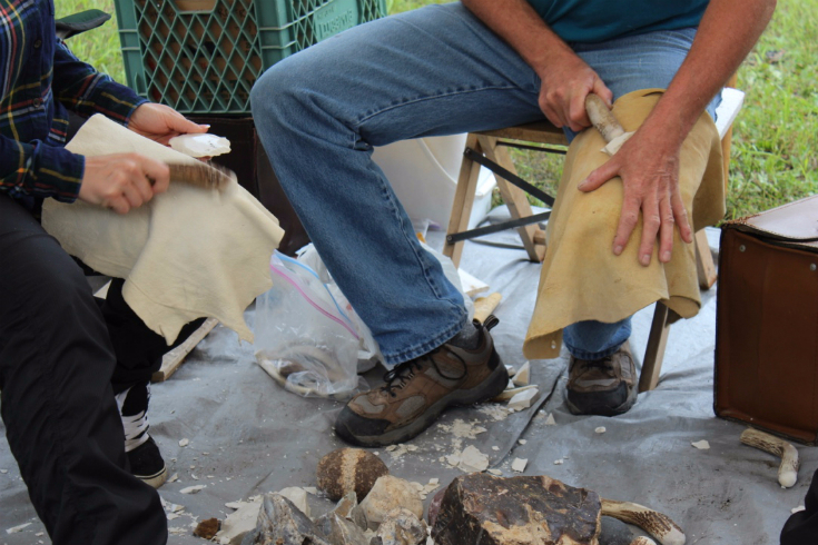 w-12-bohr-hist-3573-chris-whaley-flint-knapping