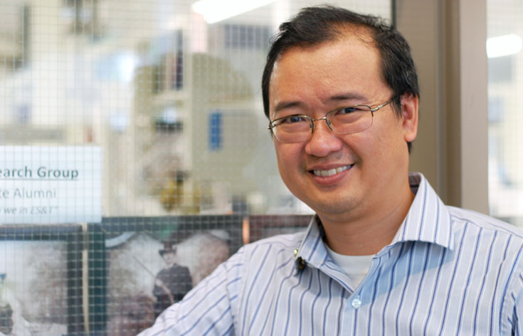 Dr. Charles Wong, Canada Research Chair in Ecotoxicology at UWinnipeg, photo credit Kristen Hooper