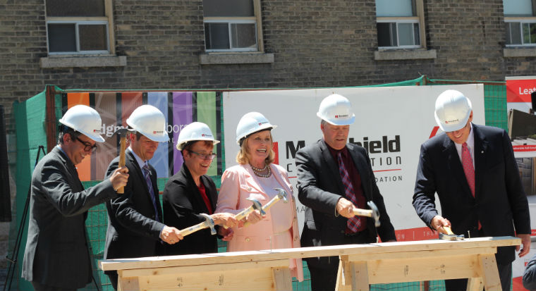 Brian Daly, Mayor Brian Bowman, Dr. Annette Trimbee, Louise Leatherdale, Minister of Education and Training Ian Wishart, Sandy Riley - June 10, 2016 © UWinnipeg