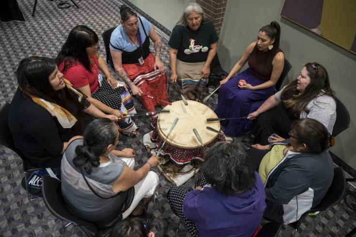 Women drumming, ©UWinnipeg