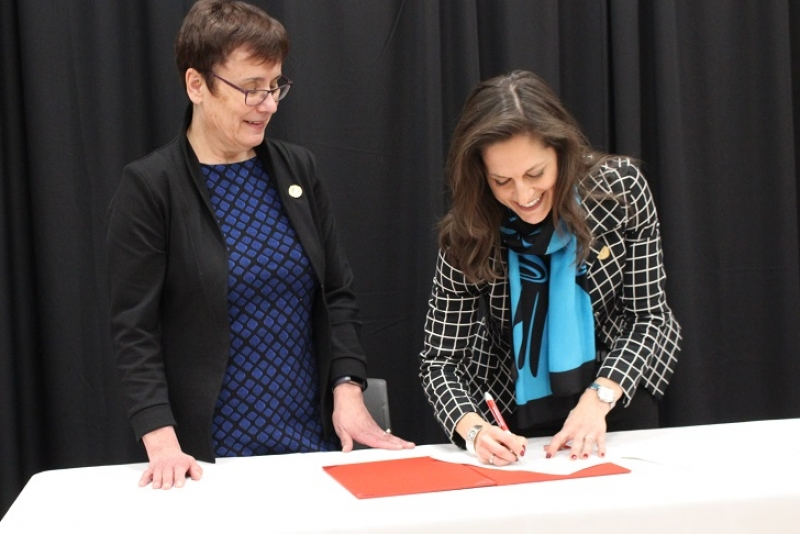 Indigenous Insights Signing
